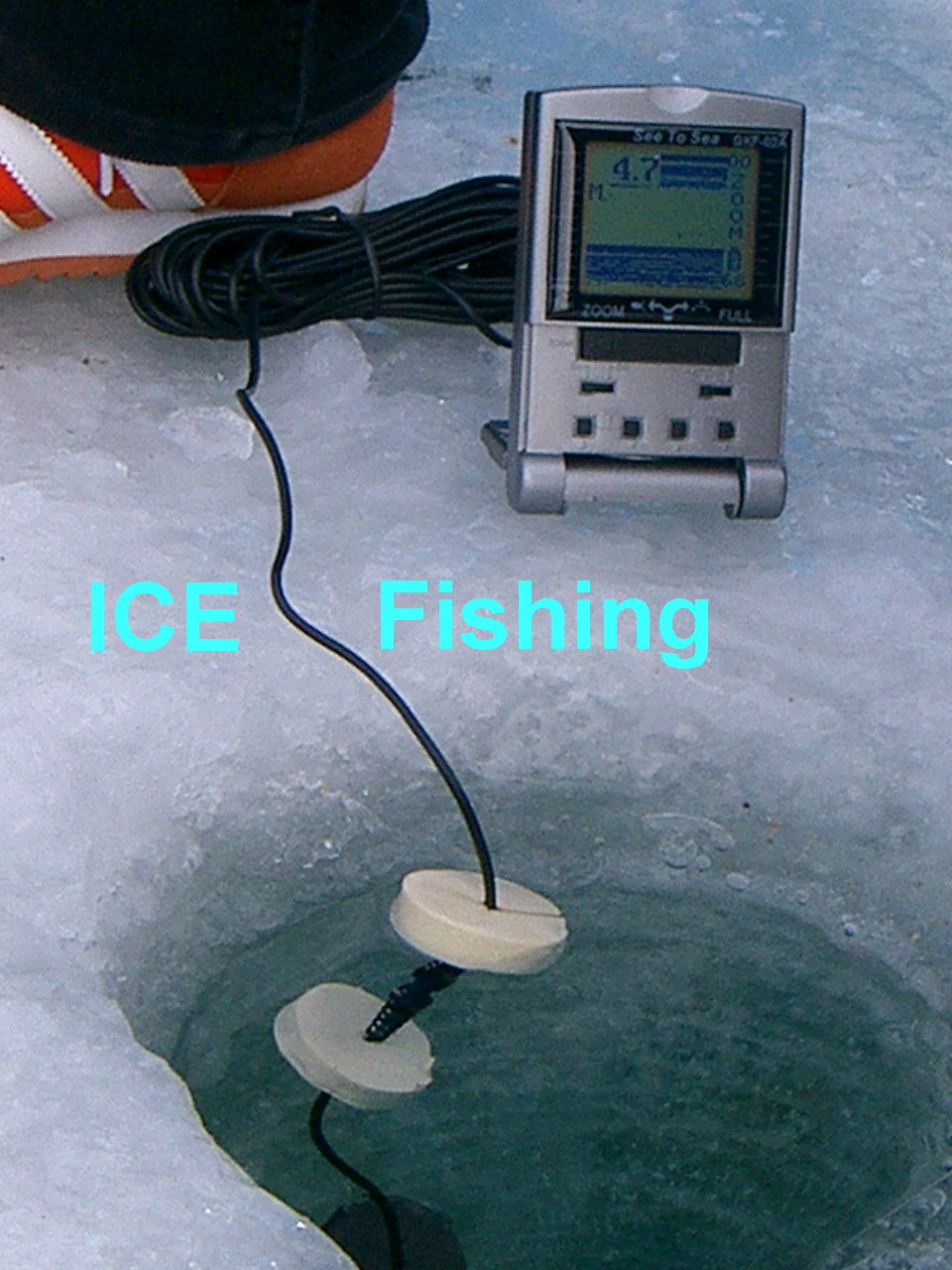 ice fishing with fishfinder gkf 02a